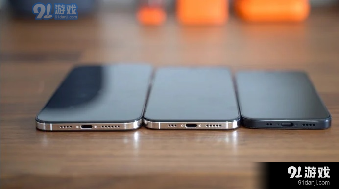 苹果iPhone12/Pro即将量产,富士康重金招人:内推可奖励9000元